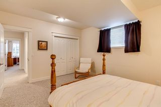Photo 39: 208 SIGNATURE Point(e) SW in Calgary: Signal Hill House for sale : MLS®# C4141105