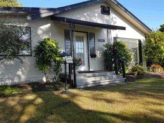 """Photo 2: 1403 BEACH GROVE Road in Tsawwassen: Beach Grove House for sale in """"BEACH GROVE"""" : MLS®# R2502144"""