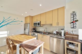 "Photo 12: 907 38 W 1ST Avenue in Vancouver: False Creek Condo for sale in ""The One"" (Vancouver West)  : MLS®# R2552477"