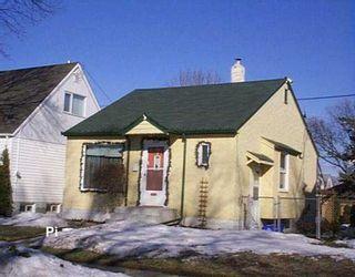 Photo 1: 1255 STRATHCONA Street in Winnipeg: West End / Wolseley Single Family Detached for sale (West Winnipeg)  : MLS®# 2704073