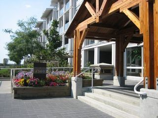 Photo 1: 209 4500 Westwater Drive in Copper Sky West: Steveston South Home for sale ()  : MLS®# V615255