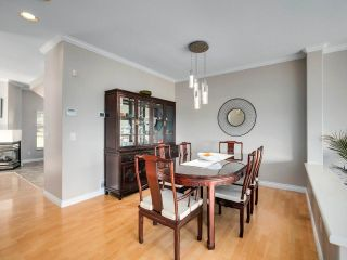 """Photo 7: 7 2979 PANORAMA Drive in Coquitlam: Westwood Plateau Townhouse for sale in """"DEERCREST"""" : MLS®# R2543094"""