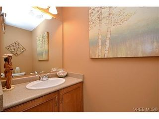 Photo 15: 38 486 Royal Bay Dr in VICTORIA: Co Royal Bay Row/Townhouse for sale (Colwood)  : MLS®# 613798