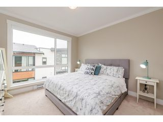 """Photo 12: 209 16488 64 Avenue in Surrey: Cloverdale BC Townhouse for sale in """"Harvest"""" (Cloverdale)  : MLS®# R2376091"""