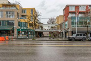 """Photo 25: 422 2255 W 4TH Avenue in Vancouver: Kitsilano Condo for sale in """"THE CAPERS BUILDING"""" (Vancouver West)  : MLS®# R2565232"""