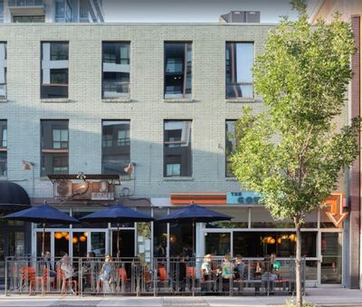 17th Ave: Calgary's Nightlife Epicenter