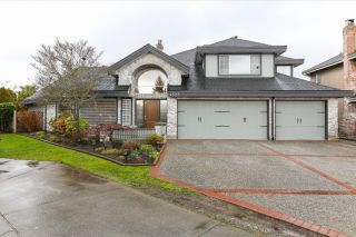 Photo 1: 4523 DAWN PLACE in Delta: Holly House  (Ladner)  : MLS®# R2032426