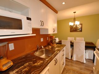 """Photo 9: 320 3080 LONSDALE Avenue in North Vancouver: Upper Lonsdale Condo for sale in """"KINGSVIEW MANOR"""" : MLS®# R2120342"""