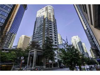 "Photo 2: 1906 1166 MELVILLE Street in Vancouver: Coal Harbour Condo for sale in ""COAL HARBOUR ORCA PLACE"" (Vancouver West)  : MLS®# R2003587"