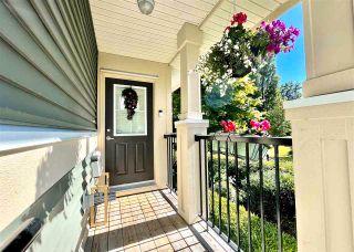 "Photo 4: 81 7780 170 Street in Surrey: Fleetwood Tynehead Townhouse for sale in ""VANTAGE"" : MLS®# R2592093"
