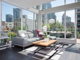 """Photo 1: 306 1351 CONTINENTAL Street in Vancouver: Downtown VW Condo for sale in """"THE MADDOX"""" (Vancouver West)  : MLS®# R2617899"""