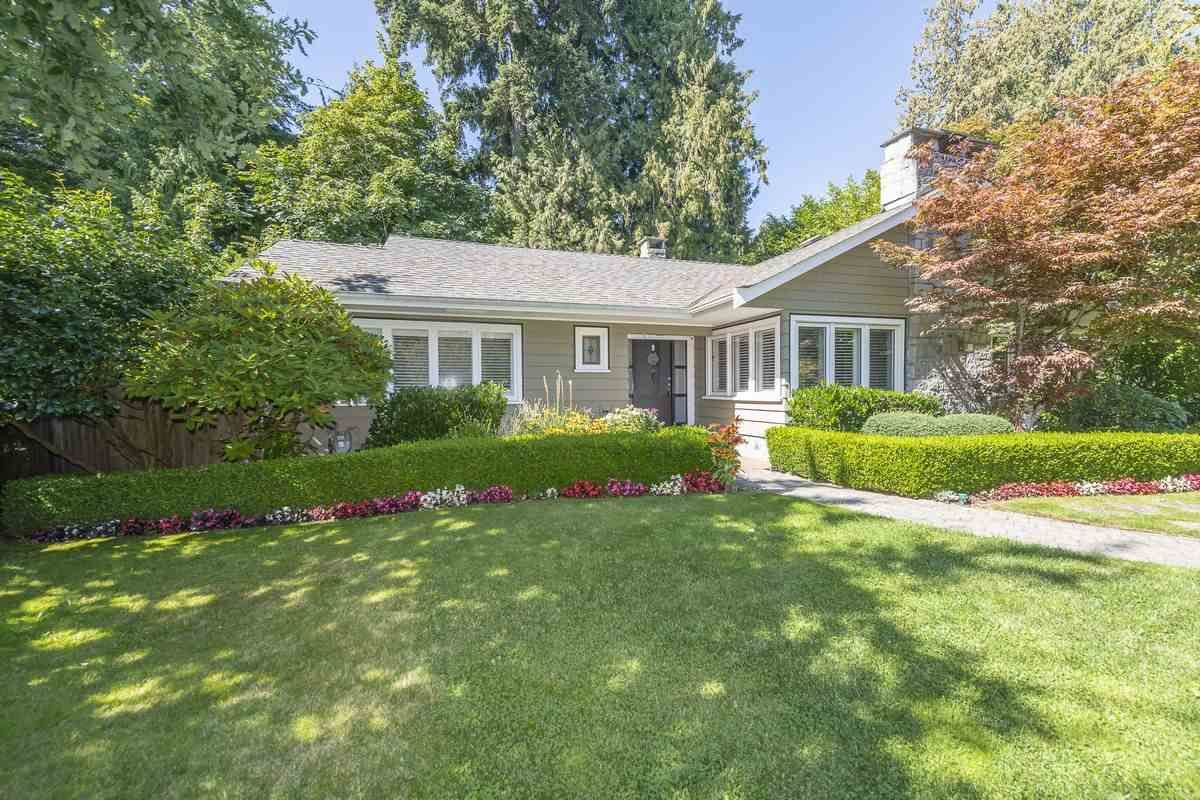 Main Photo: 6089 BLENHEIM Street in Vancouver: Southlands House for sale (Vancouver West)  : MLS®# R2494439