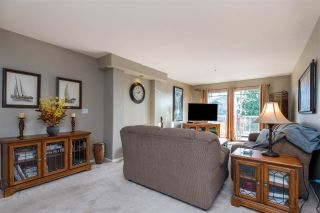 "Photo 5: 312 20177 54A Avenue in Langley: Langley City Condo for sale in ""STONEGATE"" : MLS®# R2419590"