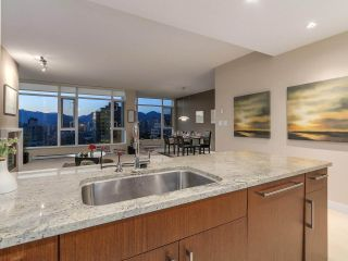 Photo 3: 1102 1333 W 11TH AVENUE in Vancouver: Fairview VW Condo for sale (Vancouver West)  : MLS®# R2170074