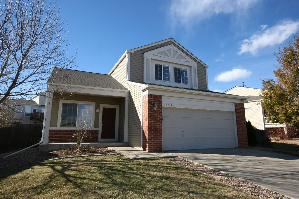 Main Photo: 19142 East Hampden Drive in Aurora: House for sale : MLS®# 959837