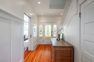 Photo 3: 21 E 17th Ave in Vancouver: Main House for sale (Vancouver East)  : MLS®# R2561564