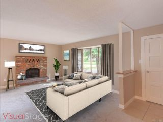 Photo 5: 585 Hall Rd in QUALICUM BEACH: PQ Qualicum Beach House for sale (Parksville/Qualicum)  : MLS®# 827916