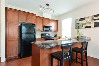 Photo 6: 304 1375 VIEW Crescent in Delta: Beach Grove Condo for sale (Tsawwassen)  : MLS®# R2401264