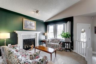 Photo 7: 60 Shawfield Way SW in Calgary: Shawnessy Detached for sale : MLS®# A1113595