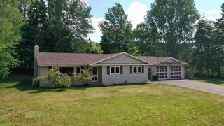 Photo 1: 77 CATHERINE Crescent in New Minas: 404-Kings County Residential for sale (Annapolis Valley)  : MLS®# 202116863