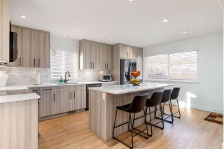 Photo 6: 743 RIVERSIDE Drive in Port Coquitlam: Riverwood House for sale : MLS®# R2417632
