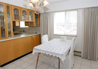Photo 9: 2276 E 61ST Avenue in Vancouver: Fraserview VE House for sale (Vancouver East)  : MLS®# R2255899