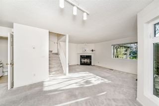 """Photo 3: 14 5111 MAPLE Road in Richmond: Lackner Townhouse for sale in """"Montego West"""" : MLS®# R2420342"""