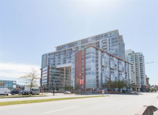 """Photo 1: 906 1618 QUEBEC Street in Vancouver: Mount Pleasant VE Condo for sale in """"CENTRAL"""" (Vancouver East)  : MLS®# R2400058"""
