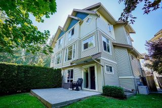 """Photo 2: 24 20120 68 Avenue in Langley: Willoughby Heights Townhouse for sale in """"The Oaks"""" : MLS®# R2599788"""