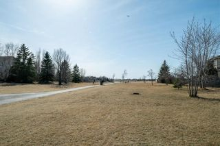Photo 39: 63 WINTERHAVEN Drive in Winnipeg: River Park South Residential for sale (2F)  : MLS®# 202105931