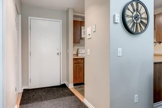 Photo 3: 2135 70 Glamis Drive SW in Calgary: Glamorgan Apartment for sale : MLS®# A1118872