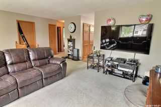 Photo 4: 27 Elmwood Place in Prince Albert: SouthWood Residential for sale : MLS®# SK855754