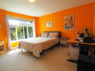 """Photo 10: 44 40632 GOVERNMENT Road in Squamish: Brackendale Townhouse for sale in """"Riverswalk"""" : MLS®# R2488805"""