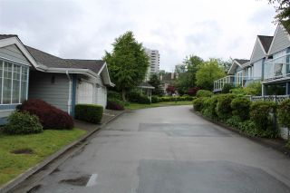 "Photo 32: 130 28 RICHMOND Street in New Westminster: Fraserview NW Townhouse for sale in ""Castle Ridge"" : MLS®# R2466235"