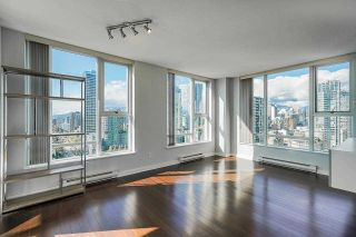 """Photo 1: 2306 550 PACIFIC Street in Vancouver: Yaletown Condo for sale in """"AQUA AT THE PARK"""" (Vancouver West)  : MLS®# R2580725"""