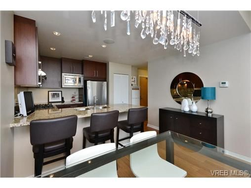 Main Photo: 408 373 TYEE Rd in VICTORIA: VW Victoria West Condo for sale (Victoria West)  : MLS®# 575465