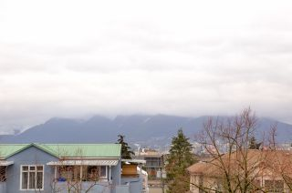 Photo 19: 208 1060 E BROADWAY Street in Vancouver: Mount Pleasant VE Condo for sale (Vancouver East)  : MLS®# R2334527