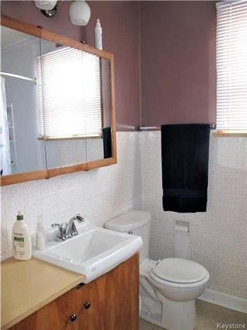 Photo 17: Photos:  in Winnipeg: East Kildonan Residential for sale (3D)  : MLS®# 1800779