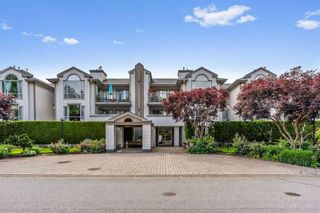 """Photo 1: 114 19122 122 Avenue in Pitt Meadows: Central Meadows Condo for sale in """"EDGEWOOD MANOR"""" : MLS®# R2462915"""
