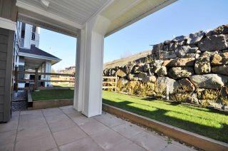 Photo 3: 110 16398 64 AVENUE in Surrey: Cloverdale BC Condo for sale (Cloverdale)  : MLS®# R2126367