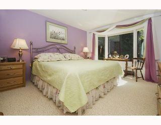 Photo 9: 1980 OCEAN BEACH ESPLANADE BB in Gibsons: Gibsons & Area House for sale (Sunshine Coast)  : MLS®# V753918