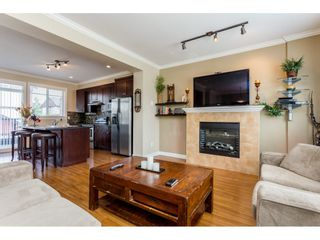 "Photo 4: 37 7168 179 Street in Surrey: Cloverdale BC Townhouse for sale in ""OVATION"" (Cloverdale)  : MLS®# R2081705"