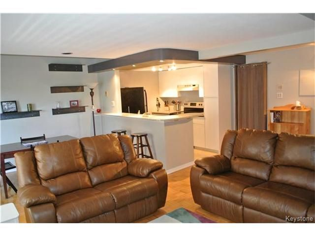 Photo 5: Photos: 430 River Avenue in WINNIPEG: Fort Rouge / Crescentwood / Riverview Condominium for sale (South Winnipeg)  : MLS®# 1508495
