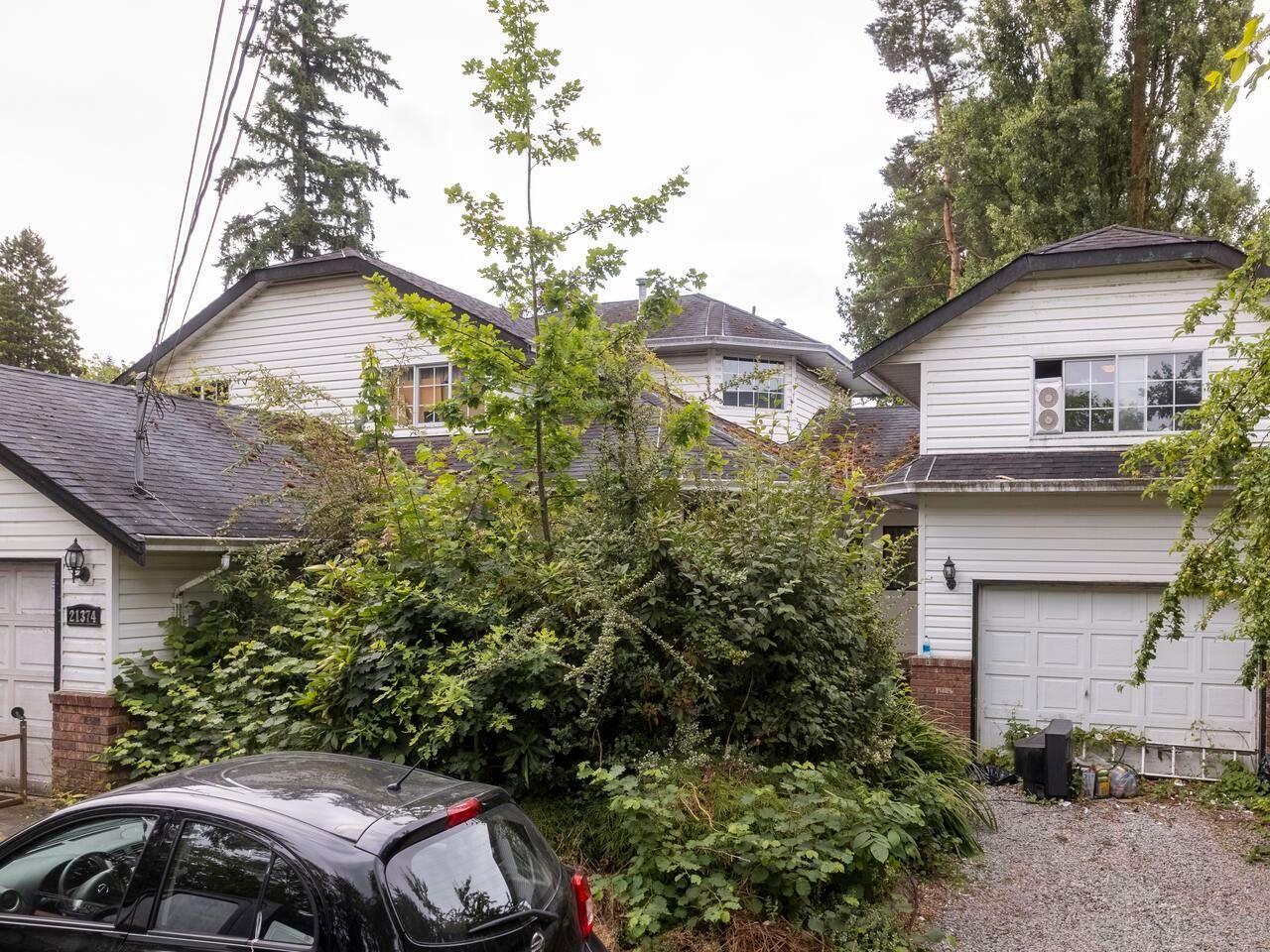 "Main Photo: 21374 RIVER Road in Maple Ridge: Southwest Maple Ridge House for sale in ""River Road"" : MLS®# R2600142"