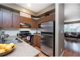 """Photo 8: 42 16789 60 Avenue in Surrey: Cloverdale BC Townhouse for sale in """"Laredo"""" (Cloverdale)  : MLS®# R2414492"""