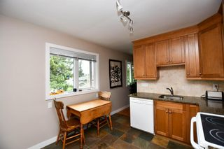 Photo 16: 20 Brantford Crescent NW in Calgary: Brentwood Detached for sale : MLS®# A1135023