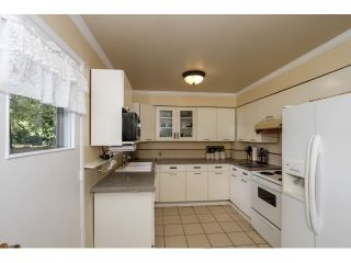 """Photo 9: 2070 FOSTER Avenue in Coquitlam: Central Coquitlam House for sale in """"CENTRAL COQUITLAM"""" : MLS®# V1110577"""