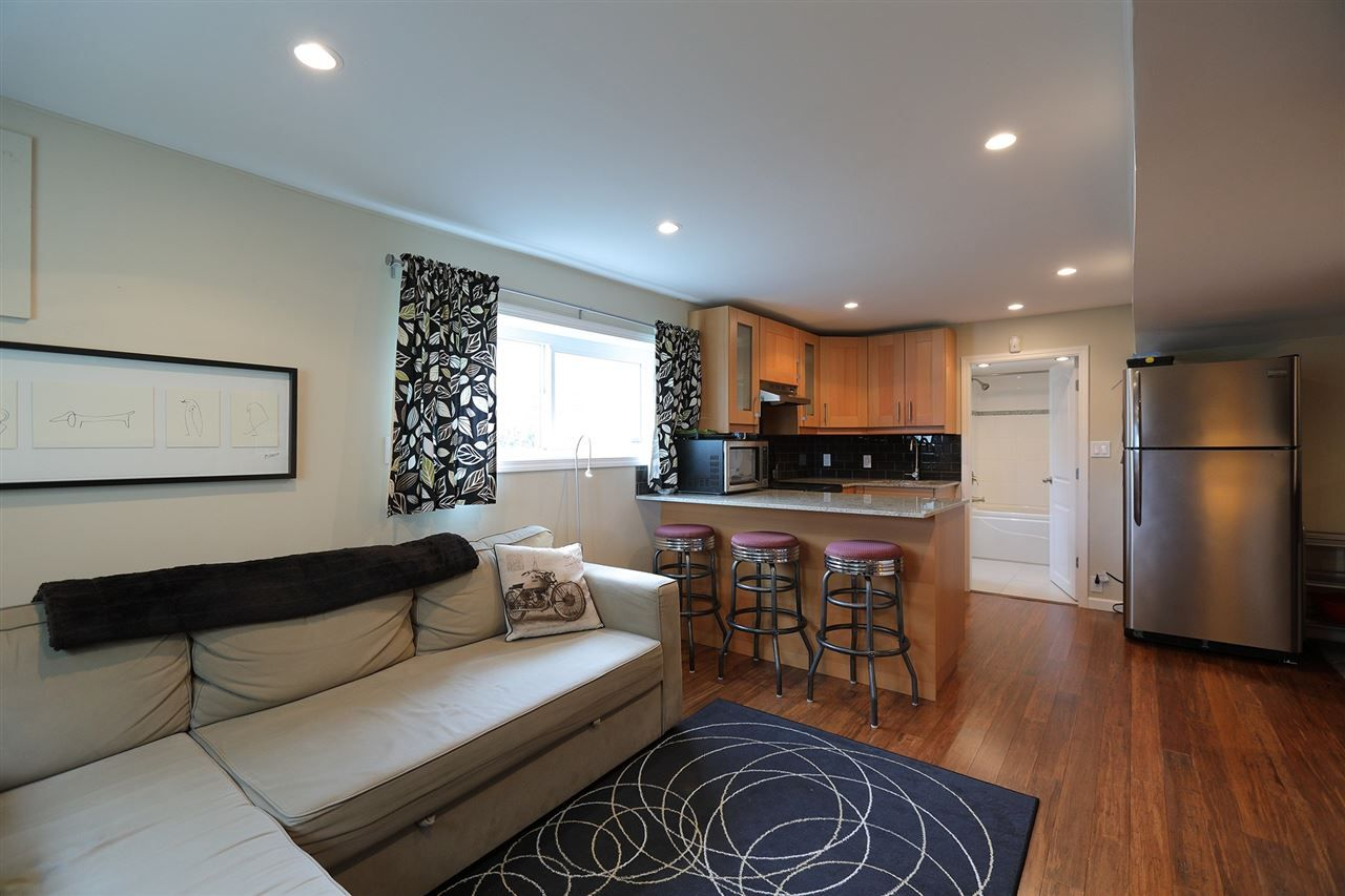 Photo 16: Photos: 1865 E 53RD Avenue in Vancouver: Killarney VE House for sale (Vancouver East)  : MLS®# R2383850