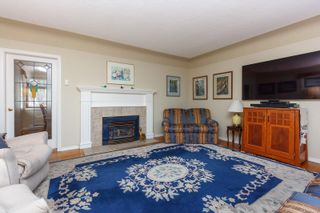 Photo 4: 216 Linden Ave in : Vi Fairfield West House for sale (Victoria)  : MLS®# 872517