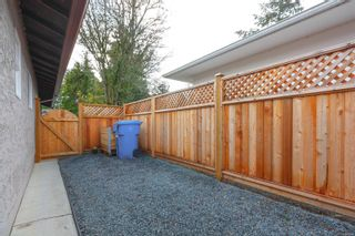 Photo 26: 942 Sluggett Rd in : CS Brentwood Bay Half Duplex for sale (Central Saanich)  : MLS®# 863294